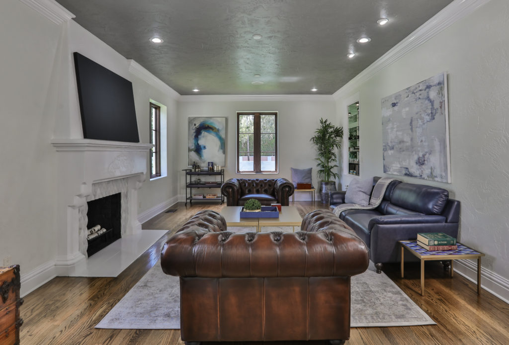 Cigar parlor home staging