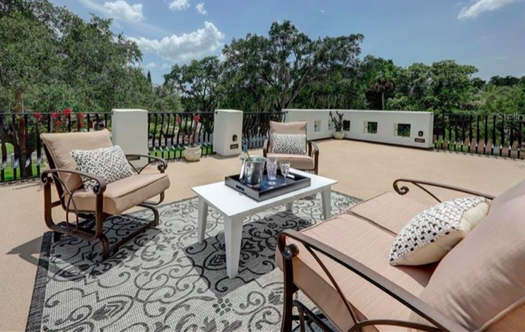 Roof top entertaining in South Tampa for sale